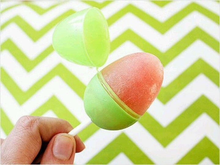 Freeze chicken stock, fruit and veggie purree or peanutbutter & pumpkin in Plastic eggs to make egg shaped pupsicles