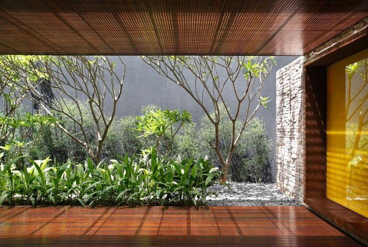 AH House / Studio Guilherme Torres
