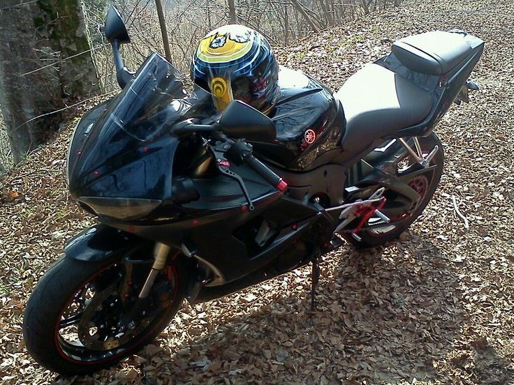 Yamaha R6 '05 in Vallarsa