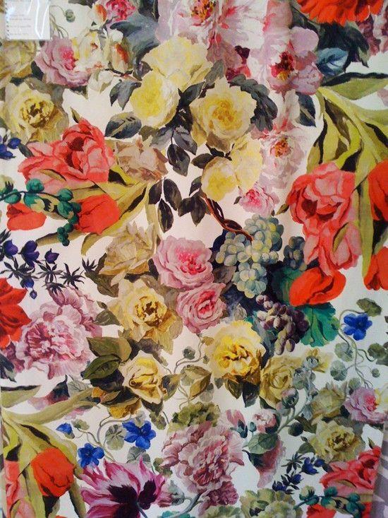 Designer's Guild Orangerie. My god, this fabric just KILLS me.