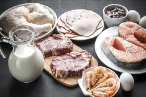 Les régimes hyper protéinés augmenteraient le risque d'insuffisance cardiaque chez la femme