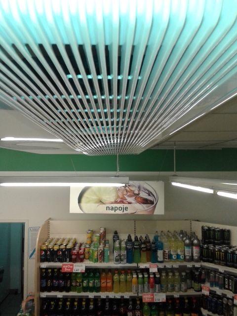 Klimatyzacja do sklepu, montaż klimatyzacji Lg w sklepie spożywczym w warszawie. Montaż  klimatyzacji podwieszanej wraz z instalacją klimatyzacji Warszawa.