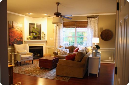 Warm and cozy family room: Fireplace Idea, Living Rooms, Room Layout, Decorating Ideas, Livingroom, Family Rooms, Corner Fireplaces, Design