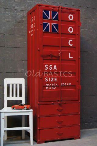 Containerkast 10099 (rood) - IJzeren kast in een opvallende rode kleur. Deze zeecontainerkast is een must in iedere kamer! Niet alleen een stoere kast om te zien, maar ook nog eens heel praktisch.