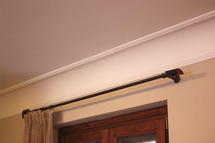 Esempio di cornice in gesso a soffitto