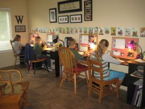Real homeschool classroom ideas homeschool dining rooms for Homeschool dining room ideas
