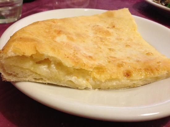Si è aperto un ristorante Georgiano a Bari! Kachapuri! <3