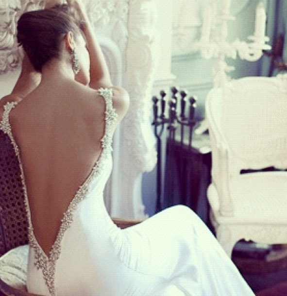 Backless wedding gown ❤