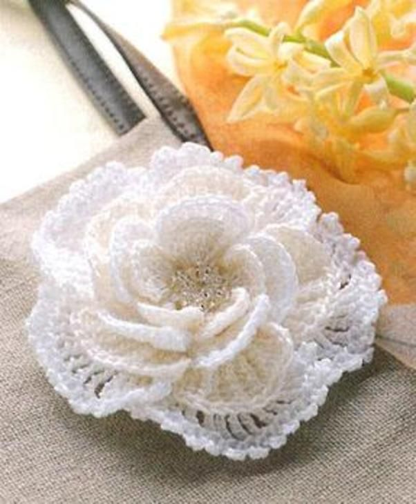 Beautiful rose with beads - has diagrams