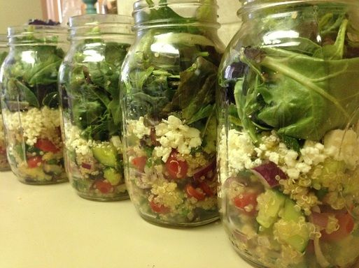 Greek Quinoa Mason Jar Salad! Healthy lunch, 300 calories!