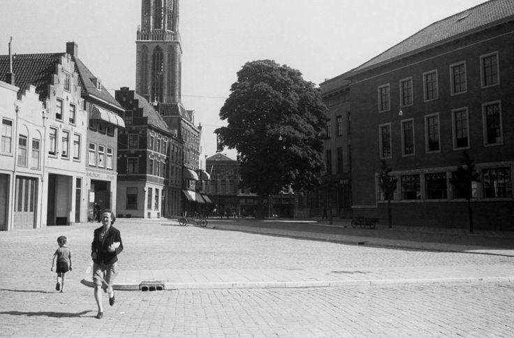 Utrecht - de Ganzenmarkt - 1942 - fotograaf Nico Jesse