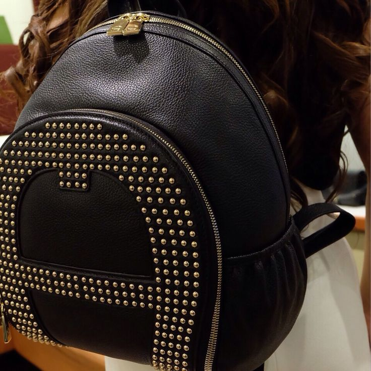 Exclusive and elegant backpack for women by Aigner TSM GF Floor
