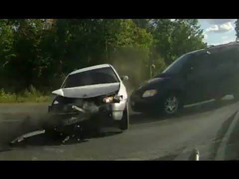 Car Accidents Compilation August 2015 (2) - Road Traffic Fail Videos
