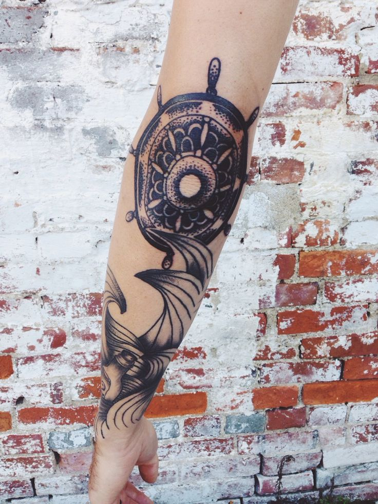 best 25 sailor tattoos ideas on pinterest octopus anchor tattoos nautical tattoos and types. Black Bedroom Furniture Sets. Home Design Ideas