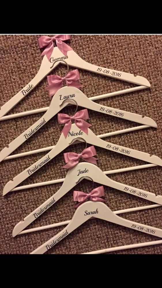 Details About 5 X Personalised Wooden Bridal Hangers Bridesmaid Wedding Dress Gift Bridesmaids Hanger
