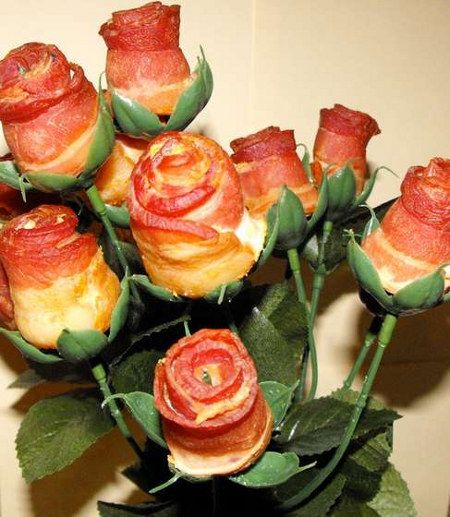 Bacon rosesValentine'S Day, Ideas, Valentine Day Gift, Food, Bouquets, Funny, Valentine Gift, Bacon Rose, Flower