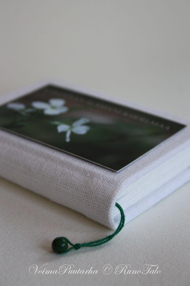 Muistikirja Rakennan elämäni kudelmaa:  illakko. Kirjoita kiitollisuuden päiväkirjaa tai kerää voimalauseita ♥