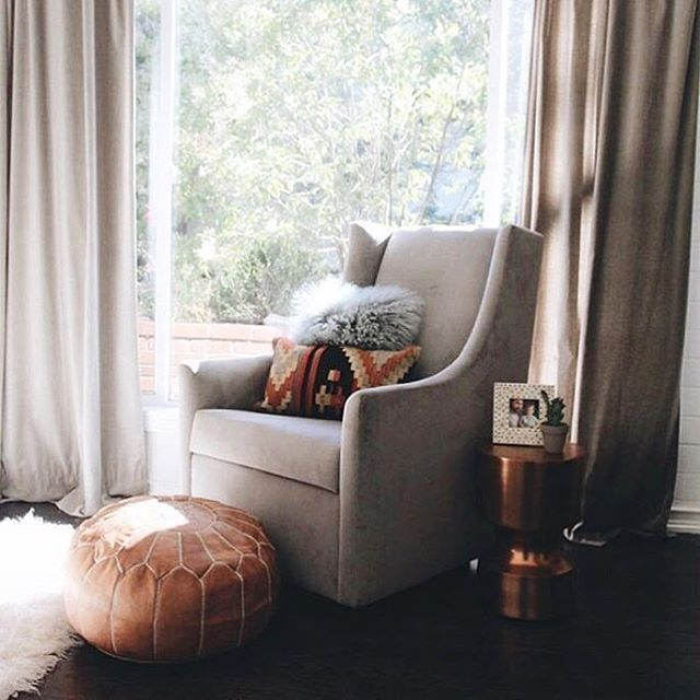 Here's the other corner of this great Southwestern style nursery by @katiemonkhousecreative.  Check out that beautiful @westelm glider!  #Regram via @littlecrowninteriors