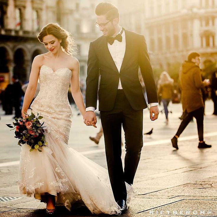 what does it mean when wedding invitation says black tie invited%0A Zwart trouwpak op maat  zwarte smoking  Black suit  black tie  made to