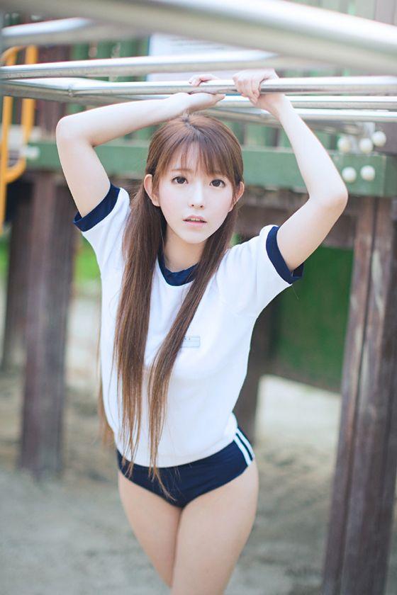 Yurisa - Lovely Cute Living Doll