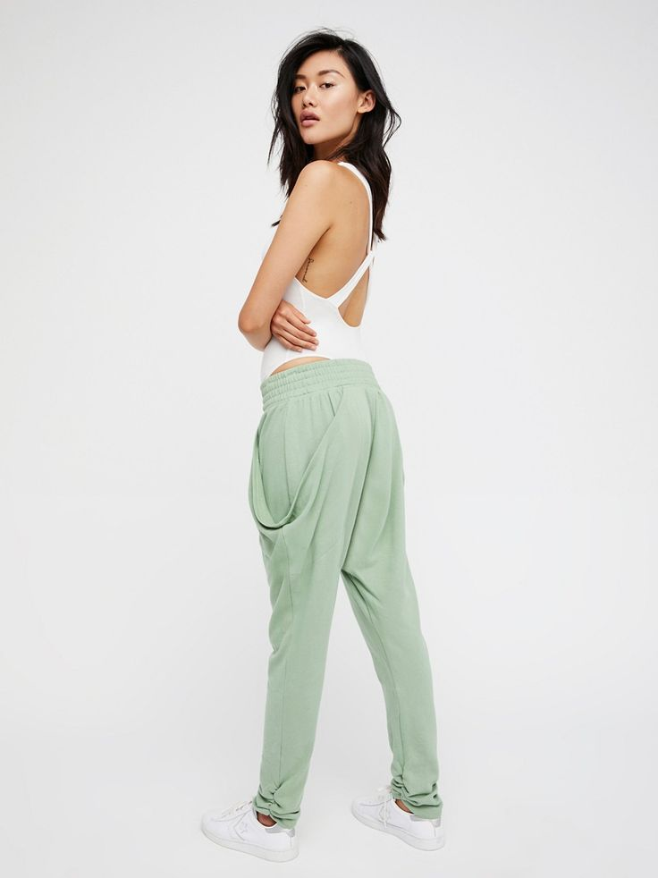 So Cool Harem Pants | Ultra comfy harem sweatpants featuring exaggerated hip pockets and elastic waistband for an effortless fit. Tapered leg with gathered hem detailing.
