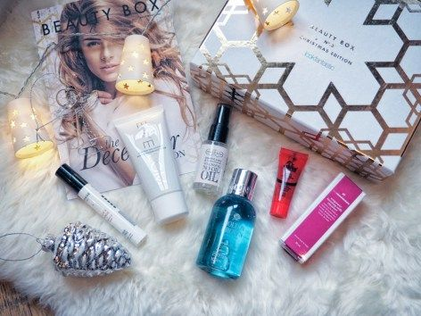 Look fantastic beauty box and other holiday favourites on A Handful of Stories.
