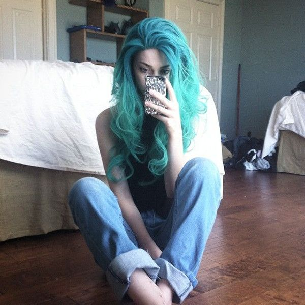 Teal blue ombre hair color to green, seafoam mermaid hairstyle of long hair~