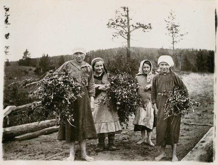 Perinteen ja nykykulttuurin kuvakokoelma | Suomalaisen Kirjallisuuden Seura