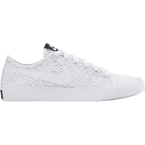 Nike Primo Court BRWomen's ShoeThe Nike Primo Court BR Women's Shoe serves up the perfect court-inspired look for the summer. A lightweight mesh upper keeps you
