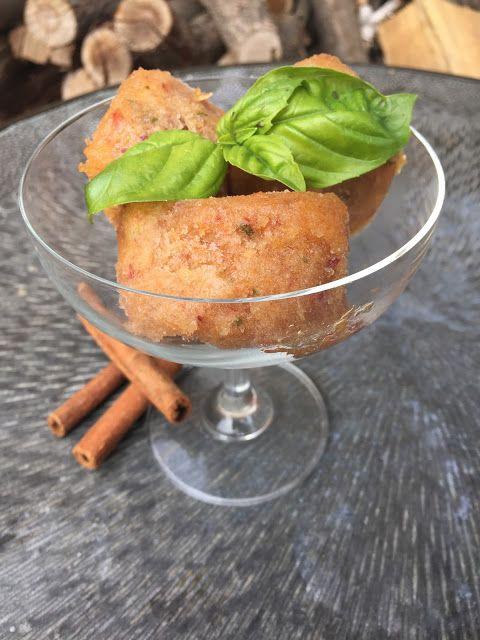 peach-basil-cinnamon sorbet <3 pyszny i nietypowy sorbet z brzoskwini z dodatkiem bazylii i cynamonu. Wegańskie lody <3