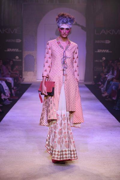 Lakmé Fashion Week – Anju Modi at LFW SR 2014
