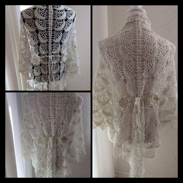 Een persoonlijke favoriet uit mijn Etsy shop https://www.etsy.com/nl/listing/521315913/halve-maantjes-bruiloft-sjaal-gehaakt-in