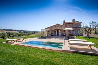 Toskana Ferienhaus mit Pool (3)