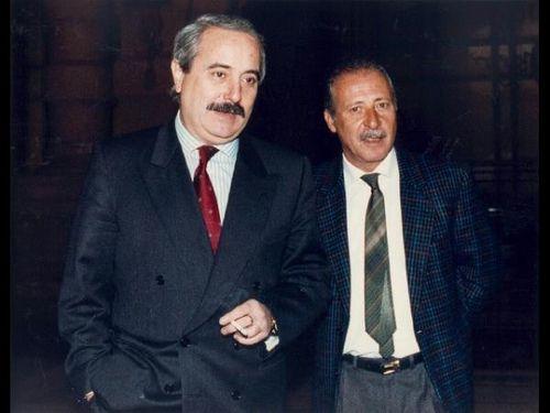 In ricordo di due Eroi Italiani : Giovanni Falcone e Paolo Borsellino  #TuscanyAgriturismoGiratola