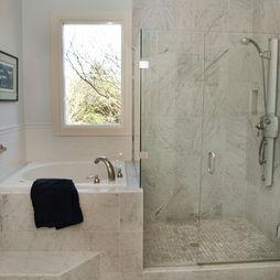 Deep soaker tub & shower