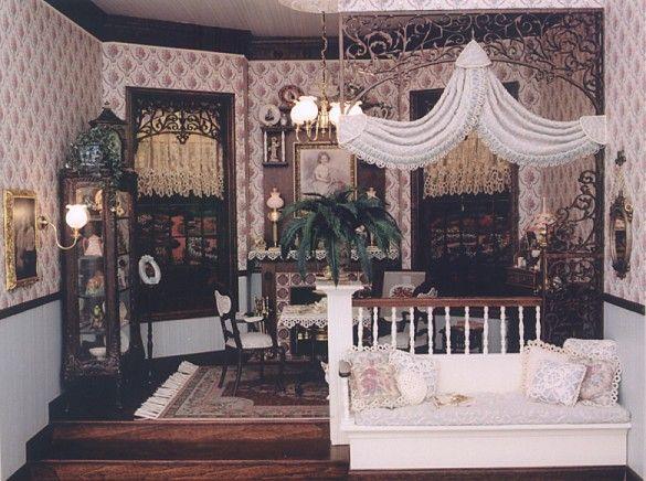 Brooke Tucker 3-Day Soft Victorian Setting
