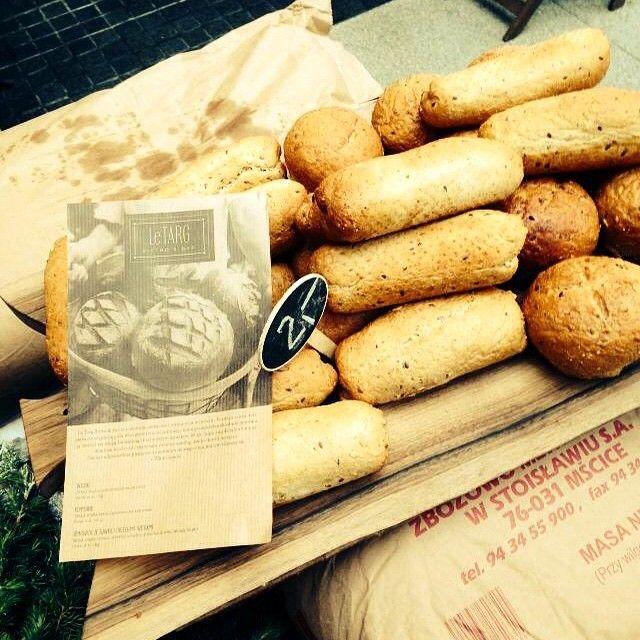 Próbowaliście już świeżego, wypiekanego przez nas od samego rana pieczywa? Jeśli nie, koniecznie zatrzymajcie się w Starym Browarze i skuście się na nasze pyszności! :) #letarg #letargbistro #freshly #baked #bread #eat #eating #baking #poznan #starybrowar #restaurant #bakery #french #bistro #yummy #food #foodporn #instafood #foodgasm #vsco #vscocam #vscolovers #vscopoland