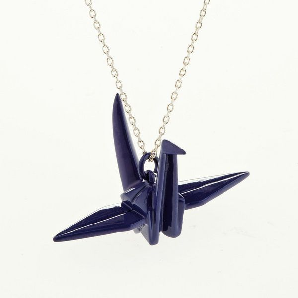 origami necklace so cool i totally want one origami. Black Bedroom Furniture Sets. Home Design Ideas