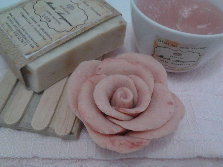 rosa de jabón natural