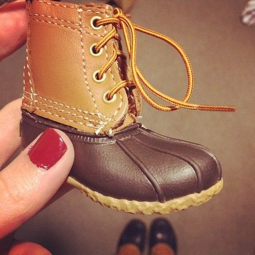 mini #beanboots Hunter Daddies dream. And when its a girl, throw some pink strings and glitz.......man are these to cute.