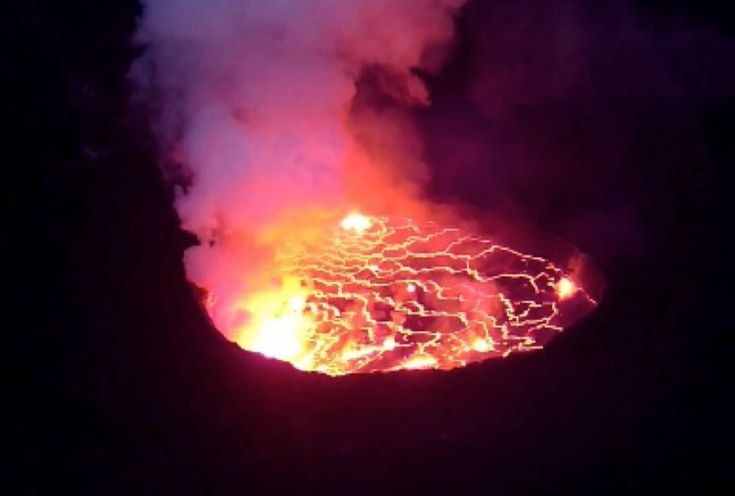 3 Day Congo Mt Nyiragogo (Lava Lake) Hike | African Unique Safaris and Tours | Set in the Virunga National Park the hike to the top and overnight stay is spectacular.