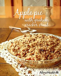 Apple pie with graham cracker crust