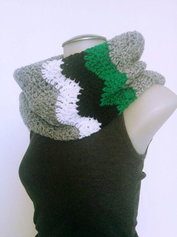 Crochet Chevron Cowl Grey Infinity Scarf with by TillysCozyHooks #chevroncowl#cozycowl#infinitycowl #infinityscarf#chevronprint#winterstyle #ladiesfashion#ladiesstyle#winterfashion #winterstyle#womensfashion#womensstyle #crochetcowl#knittedcowl#winteraccessories #fallfashion#fallstyle#autumnstyle #autumnfashion