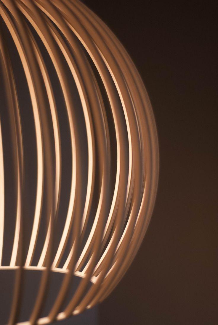 Skandium pendant light