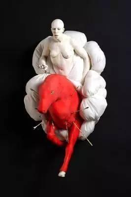 """【一点资讯】Cristina Cordova""""雕塑"""""""