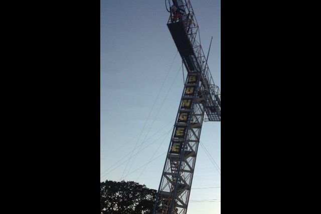 Hurley bungee jumping