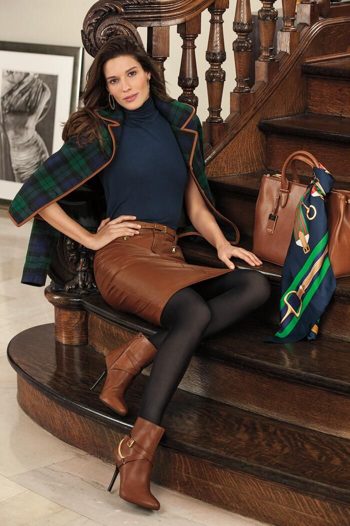 Twitter / RalphLauren: Menswear inspired details from Lauren for fall