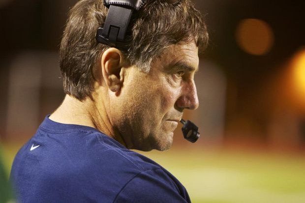 Lake Oswego football to forfeit game to Sherwood due to code of conduct violations