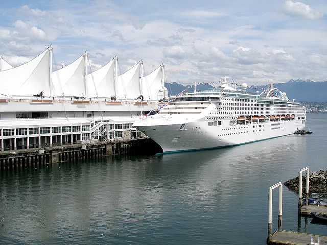 Cruise ship at Vancouver convention centre.    Sun Princess - check out the All Sizes for a closer look.     <3 Cruise ships