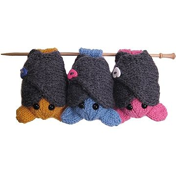 Knitted Bats: A quick knit with wraparound wings and feet that can hang from your finger or the nearest tree branch